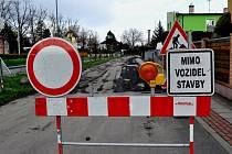 Oprava Staré silnice v Opavě je v plném proudu.