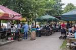 Hřiště u sokolovny v opavské části Kateřinky se od pátku do neděle stalo dějištěm Pivního sletu. Návštěvníci mohli ochutnat ze dvaceti druhů piva.