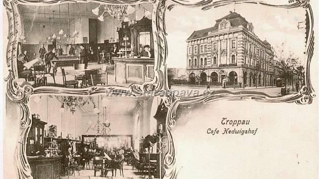 Noblesní atmosféra Národní kavárny počátkem 20. století.