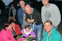 Slovenská poprocková kapela No Name v sobotu vystoupila na Hlučínské štěrkovně a zároveň se přidala i k celohlučínské akci solidarity s tříletou Adélkou z Darkoviček.