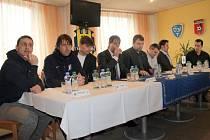 Ve středu po poledni proběhla v prostorách fotbalového stadionu v Městských sadech tisková konference Slezského FC Opava před startem jarní části II. ligy.