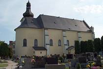 V kostele v Hati je možné debatovat s Bohem.