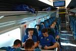 Opavští basketbalisté na cestě do švýcarského Fribourgu.
