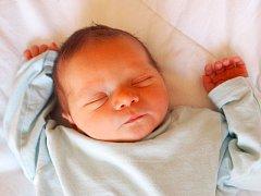 """Patrik Herudek se narodil 18. srpna, vážil 3,67 kg a měřil 52 cm. """"Hlavně zdraví a aby se mu v životě dařilo,"""" přejí svému prvnímu miminku rodiče Nikol a Jiří z Opavy."""