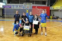 Basketbalisté Opavy pomáhali