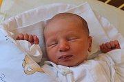 Damián Svrček se narodil 2. srpna 2016, vážil 2,85 kilogramů a měřil 49 centimetrů. Rodiče Michaela a Michal z Malých Hoštic přejí svému prvorozenému synovi do života zdraví, štěstí, lásku a hodné lidi kolem sebe.