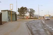 Práce jsou dokončeny a čeká se již jen na kolaudaci. Nová zastávka městské hromadné dopravy vyrostla pár metrů od kruhového objezdu v Opavě-Jaktaři ve směru na Palhanec a Vávrovice.