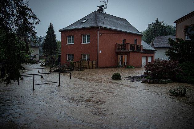 Šilheřovice - povodeň, stav před 19.hodinou večer, 13.května 2021.