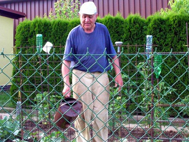 František Židek patří k těm, kteří zatím markantní problémy se škůdci nemají.