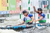 Jonáš Kašpar s Markem Šindlerem obsadili v celkovém hodnocení letošního seriálu světového poháru skvělé druhé místo.