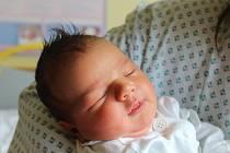 Adam Klimeš se narodil 10. srpna 2019, vážil 3,44 kilogramu a měřil 51 centimetrů. Rodiče Martina a Dominik z Nových Sedlic přejí svému synovi do života zdraví, štěstí a lásku. Doma už se na Adama těší sestřička Baruška.
