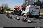 Dvě dodávky a tři osobní auta sehrály hlavní roli při nehodě, která se udála v pátek před půl třetí odpoledne v Ludgeřovicích.
