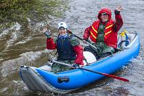 Vodácká sezona na řece Moravici byla o tomto víkendu oficiálně zahájena.