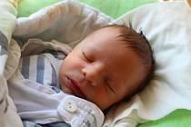 Vojtěch Vrána se narodil 22. července 2019, vážil 2,81 kilogramu a měřil 47 centimetrů. Rodiče Lucie a Matěj z Dolních Životic přejí svému prvorozenému synovi do života hodně zdraví.