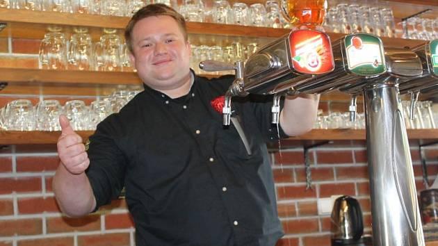 Nejlepší výčepní plzeňského piva v republice je Lukáš Vitásek.