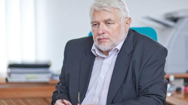 Rektor Slezské univerzity Rudolf Žáček.