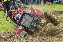 Sedmý ročník populární Větřkovské traktoriády, který se uskutečnil uplynulou sobotu ve Větřkovicích, přilákal opět desítky soutěžících a bezmála patnáct set diváků.