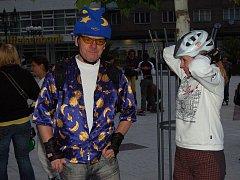 Sedmý díl seriálu Blade Nights Oplajn se konal v sobotu 19. června. Tentokrát se jmenoval Zdravé jídlo se Semixem, maškarní jízda se soutěží.