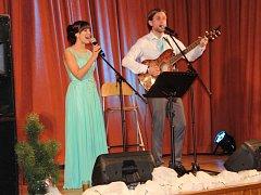 Vánoční duety si mohlo poslechnout publikum v Loutkovém divadle Opava a v obecním sále v Hněvošicích.