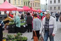 Ve středu 11. dubna 2018 opět začaly farmářské trhy na Dolním náměstí v Opavě.