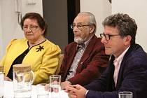 Členové krajanského sdružení z Bambergu navštívili v minulém roce Slezském zemském muzeum v Opavě. Zleva: Hildegard Losert, Günther Bannoch a Andreas Henger, předseda spolku Heimatkreisgemeinschaft Troppau.