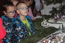 Tisíce lidí zavítaly o uplynulém víkendu, konkrétně pak v pátek a sobotu na opavskou zemědělskou školu, kde probíhal již tradiční advent.