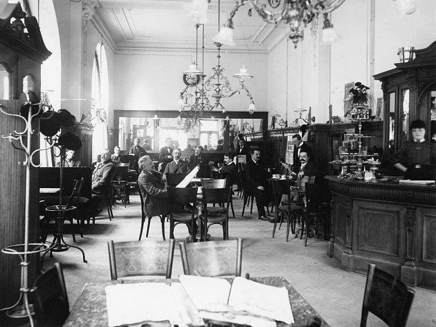 Národní kavárna v roce 1929.