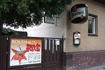 Bouda U Foxe na Englišově ulici v Opavě ztěžuje život tamním obyvatelům.