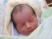 Michael Vidlička se narodil 9. května, vážil 2,86 kilogramů a měřil 48 centimetrů. Rodiče Kristýna a Miroslav z Velkých Heraltic přejí svému prvorozenému synovi do života především zdraví.