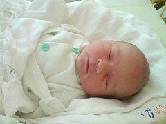 """Adam Jägermann se narodil 17. července, vážil 3,70 kg a měřil 51 cm. """"Přejeme našemu prvorozenému synovi hlavně zdraví, štěstí a v životě jen samé radosti a žádné starosti,"""" popřáli maminka Barbora a tatínek Václav."""