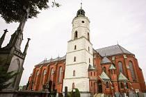 Některé kostely jsou přístupné i mimo mše svaté. OOD bude postupně otevírat pro veřejnost i ty menší, a to hlavně v době turistické sezony. Více informací se dozvíte na www.cirkevnituristika.cz.