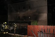 Požár automobilu a přístavku v Kylešovicích.