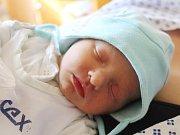 Martin Wicherek se narodil 12. září, vážil 2,68 kilogramů a měřil 47 centimetrů. Rodiče Klára a Martin z Opavy přejí svému prvorozenému synovi do života zdraví a ať se mu dobře daří.