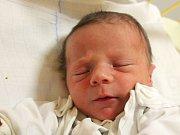 Adam Seibert se narodil 31. října, vážil 3,75 kilogramu a měřil 50 centimetrů. Rodiče Anna a Lukáš z Opavy mu přejí, aby byl zdravý a v životě se mu dobře dařilo. Na Adámka už doma čekají sourozenci Dášenka a Lukášek.