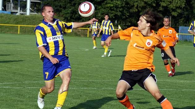 Opavský záložník Tomáš Dujka patřil k oporám Opavy v přípravném utkání, ve kterém si Slezané celkem hladce poradili se slovenským Ružomberkem.