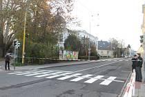 Ve středu byl při pracích v Müllerově domě nalezen předmět, kterým by mohla být válečná puma. Policisté uzavřeli ulici Komenského a okolí sadů U Muzea.