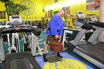 René Richter uzvedl 106 kilogramů malíčkem jedné ruky. Předchozím držitelem tohoto rekordu byl Kristian Holm z Norska, který měl zapsáno 100,38 kilogramu.