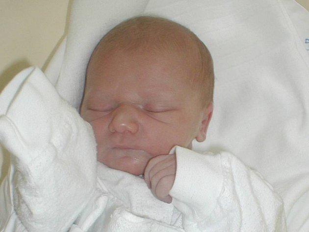 Filip Češka se narodil v Opavě dne 22. ledna, vážil 3,33 kg a měřil 49 cm.