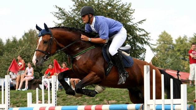 Domácí klub bude reprezentovat také Karel Lamich na koni Linaro.