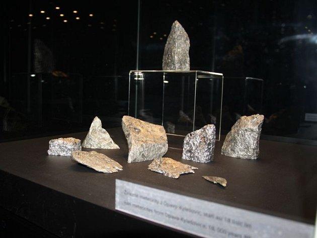 Kylešovické meteority budou v pondělí 11. května převezeny na výstavu do Bratislavy.