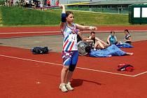 Na republikovém mistrovství v Brně vybojovala Nela Zabloudilová bronzovou medaili, a přinesla tak opavské atletice další skvělý úspěch.