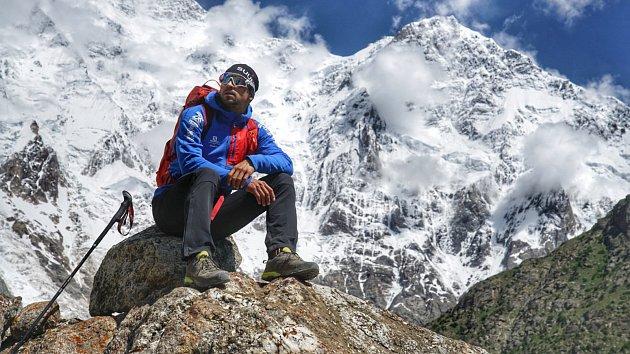 Tomáš Petreček vyhlíží vrchol Nanga Parbat. O zdolání by se se svým parťákem Markem Holečkem měl pokusit v nejbližší době.