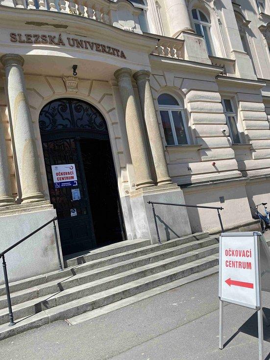 Slezská univerzita - očkovací centrum.