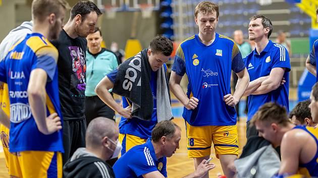 Basketbalová Opava odkládá zápasy