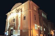 Nasvícený Obecní dům bude v sobotu 26. března jedním z objektů, které zůstanou ve tmě.