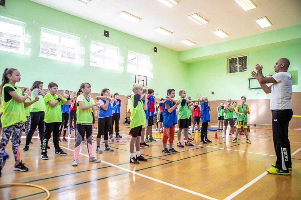 Olympijský trénink s Šárkou Kašpárkovou a Petrem Korbelem na ZŠ Háj ve Slezsku.