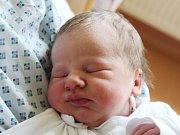 Štěpán Hendrych se narodil 4. května, vážil 3,96 kilogramů a měřil 50 centimetrů. Rodiče Veronika a Jiří z Vršovic mu do života přejí hlavně zdraví. Na Štěpánka se doma těší také sestřička Terezka.