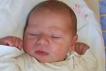 """Vojtěch Petruška se narodil 12. července, vážil 3,56 kg a měřil 51 cm. """"Doma už se na miminko těší bráška Daniel. Miminku přejeme především hodně zdraví a štěstí,"""" řekla maminka Barbora Botlíková a tatínek Pavel Petruška z Otic."""