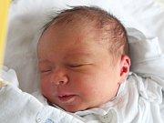 Adam Novák se narodil 19. září, vážil 3,30 kilogramů a měřil 49 centimetrů. Rodiče Tereza a Michal ze Štěpánkovic přejí svému synovi zdraví, štěstí, lásku a aby v životě potkával jen samé dobré lidi. Na Adámka už doma čeká sestřička Laura.