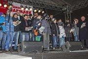 Již podruhé se Opavané připojili k celorepublikové akci pořádané Deníkem nazvané Česko zpívá koledy.